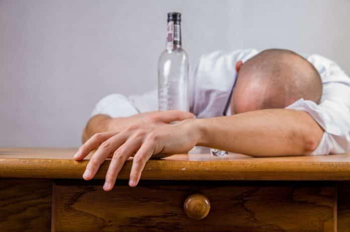 touchée par l'alcoolisme